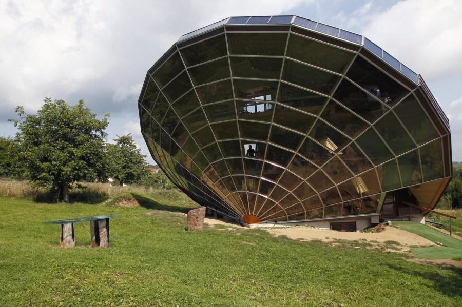 case più strane del mondo ufo